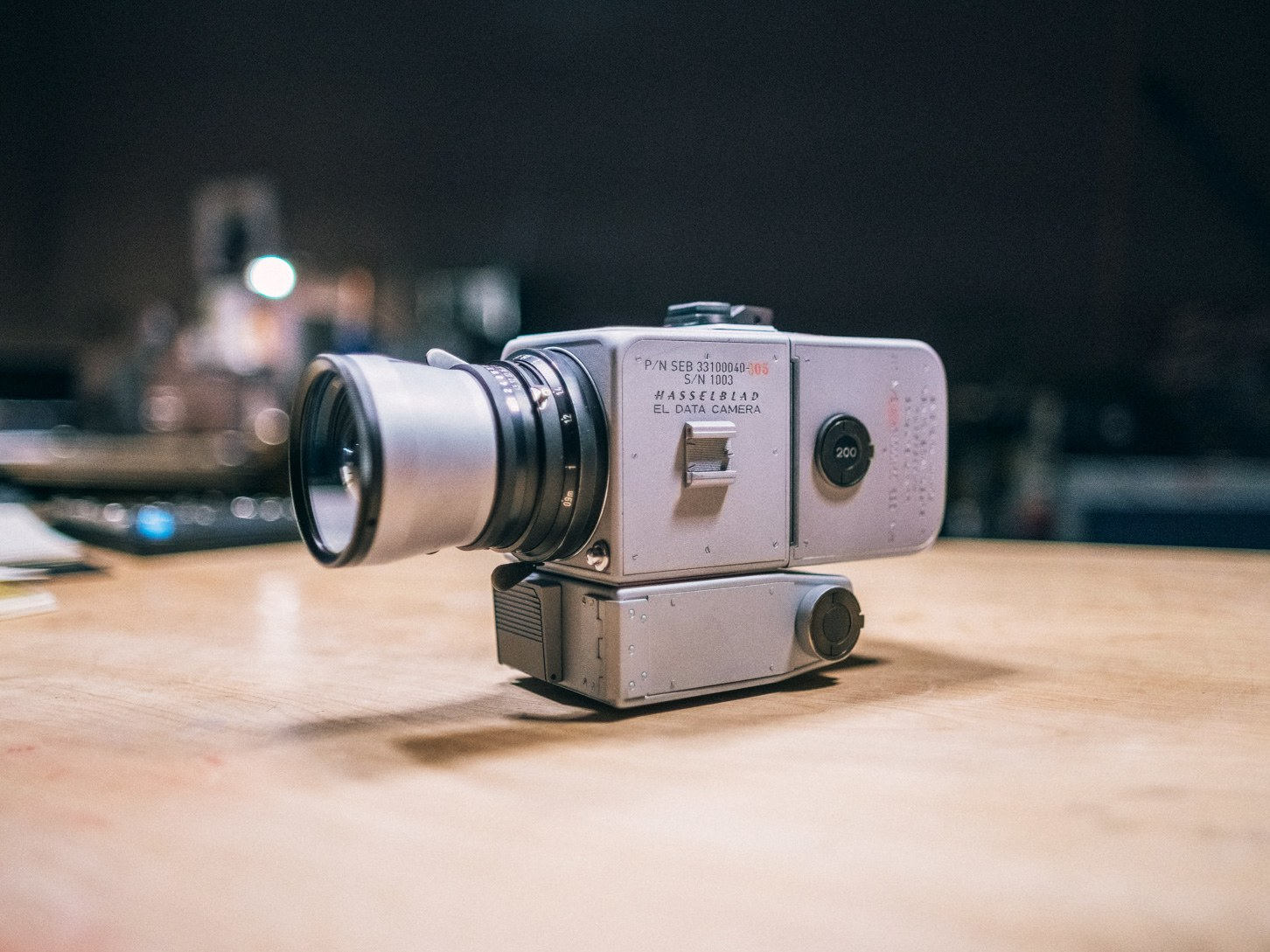 A Photographer Made a Working Replica of NASA's Moon Camera