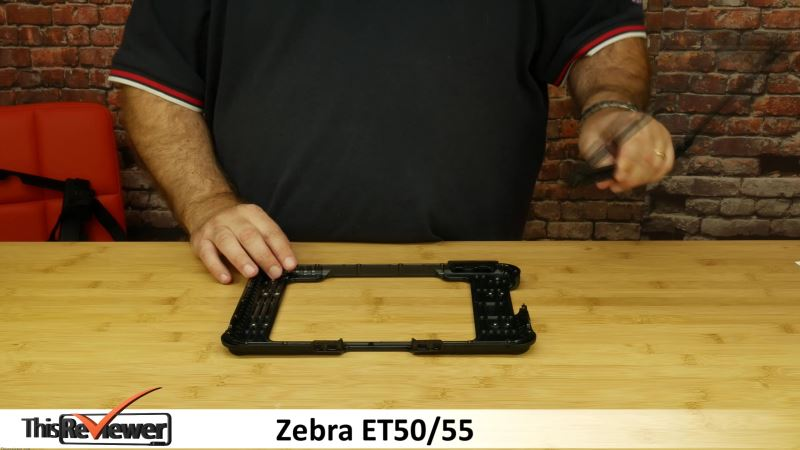 the_business_retail_warehouse_shop_logistics_tablet_from_zebra_-_et50_and_et55_a_review the zebra et50 and et55 display