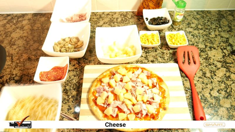the_pizza_oven_made_by_smart_called_the_pizza_maker another pizza another success!