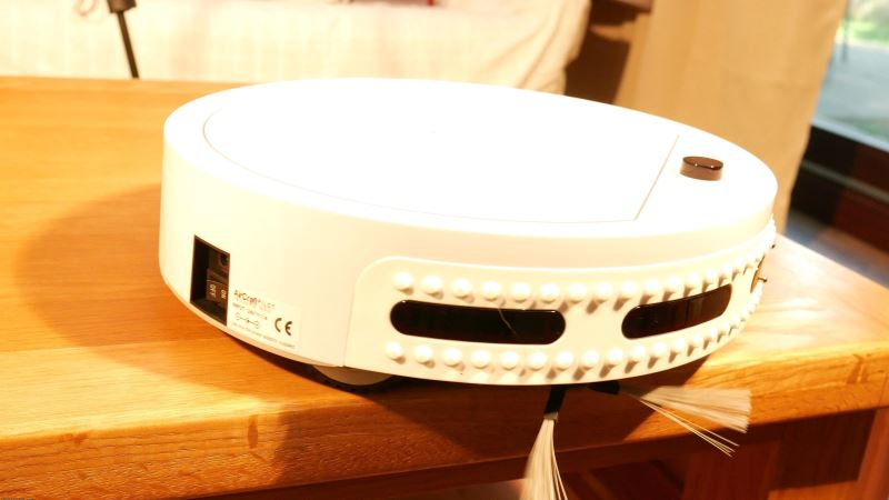 robotic_vacuum_pilot_max_review here is our video review on the pilot max, a robotic vacuum for the masses: